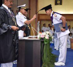 Wakasal Tutup Pendidikan dan Wisuda 175 Lulusan STTAL 2020